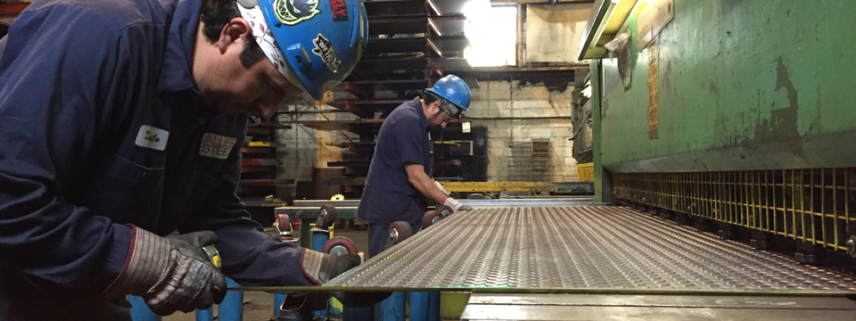 Steel_Diamond_Fabricators_NYC - Metal_Diamond_Plate_Suppliers_serving_NYC - Diamond_Plate_cutting_services_NYC
